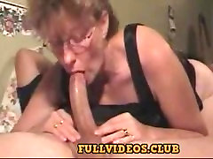 Amateur cougar natalja Gives A Deepthroat To Die For !