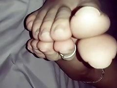 Lovehertoes - Danis get her tits licked instagram