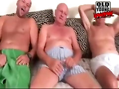 Teen girl and oldmen Gangbang