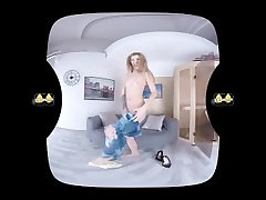 Barbara Sweet puts on pee drenched denims in this vr porno