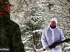 Men.com - Dustin Holloway and Skyy Knox - The Huntsman Part