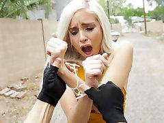 Naomi Woods in Bounty Hunters Xxx - Nubiles-Porn