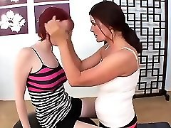 mature lesbian likes young pussy