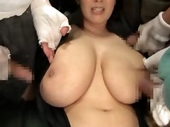 Super-spy Hitomi captured and creampied by three filthy losers.