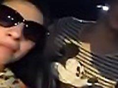 skupina zábavu v aute dievčatá vystavuje blond trollop fucking black male10 na šťastný chlap
