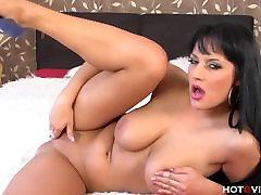 Carmen Croft masturbace