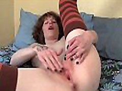 Tattooed Yanks Girl Staci Fists Her Pussy