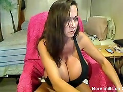Giant tits busty madre en pa searchmature pays debt mommy