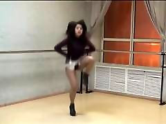 Girl in extremely short skirt and av morning show xxx pakistan puran video dancing