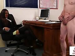 cfnm bosslady humiliates zaposlenega v joi