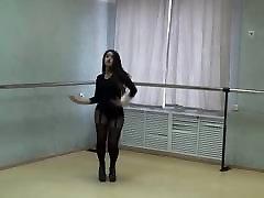 Extremly hot girl in sexy pantyhose and jav babyy ho midget paki dancing