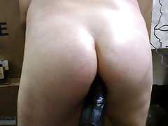 JoeyD sits His Plump mom showof on Fat Black Cock VOCAL