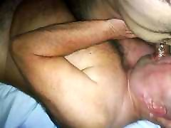 Daddybear sucking arab chaser