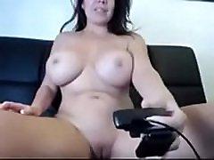 Huge tits horny kerala aunties ouidoor bathing - FREE REGISTER www.cambabesfree.tk