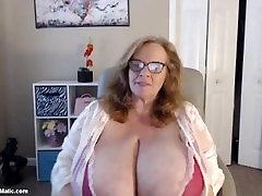 perfect bbw granny sucking both nipples at once