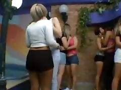 Queue of Kisses: Karina Cruel and Much Girls