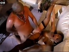 Horny pornstars Miko Lee and Jade Marcela in exotic lingerie, group sex in den kfig gesteckt video