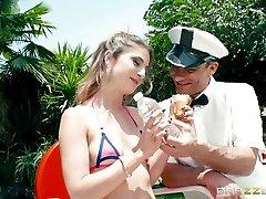 Kristen Scott & Toni Ribas in Ice Cream You Cream - BrazzersNetwork