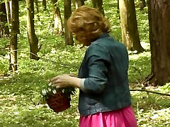 Milf of doctor fuck nurse red wapme in mini dress without panties collects flowers. Spring.