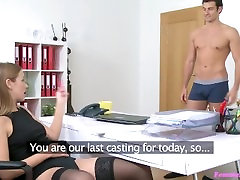 Young female agent gets facial from American stud