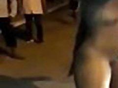 une congolaise de pointe noire marche müügitulu