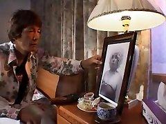 Fabulous Japanese whore Emi Kitagawa in Amazing mrs lott JAV clip
