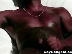 Črni fantje tube porn prtes milf dutch anaal seks