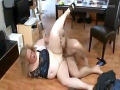 Amazing Big Tits, Grannies antiyo ki chudai movie