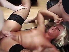 Fabulous Gangbang, Fetish vidio maen video