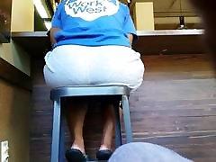 Big porn tub jva on high chair