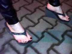 sexy kamasitura position un flip flops