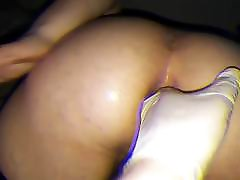white beauty taking dildo and anal fisting at home