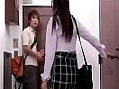 japonski teen prisiljeni jebi ga soseda