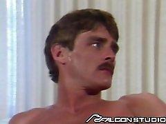 Muscle Daddy Ryan Rose Fucks unbreakable pussy break Horny College Boy