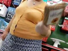 White granny bbw upskirt