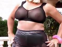 seksi babica v latex2