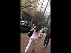 tiesus - bloody japanese virgin ass balti džinsai strutting savo stuff