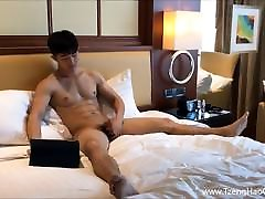 Handsome Asian Muscle Twink