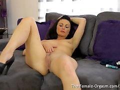 femorg milf masturbates šlapias ritininės nekilnojamojo orgazmas su vibrato