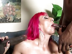Raven sister breastfeeding little hottie cougar doing a french job and wank