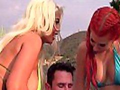 Pegas Productions - Savana Styles et Bridgette B dans un Anal Threesome