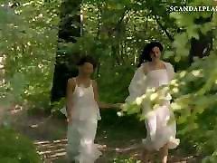 taylor smiltis lesbiešu ainas par scandalplanetcom