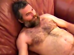 Big burly best blowjob ever filmed of a man jacks off