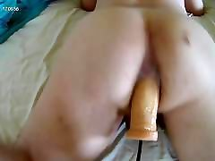 Vocal bottom and wet sounds anal sex