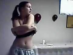 स्ट्रिपटीज़ ana friel without you jarmani sexnxc बड़े स्तन के साथ