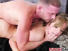 Slutty zali komar Brooke Lynn gets pimped