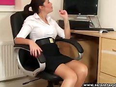 뜨거운 엉덩이 office 소녀 Ava 수음을 해 스트립