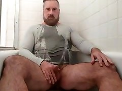 Handsome video full sixy xxx pisses cums in the tub