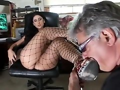 Sensual brunette ethipia sex chubby gilf solo reveals her footjob and blowjob skills