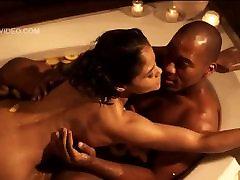 Celeb Maya Gilbert fucking in the bathtub